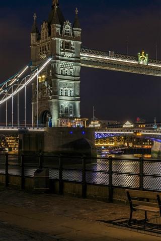 iPhone Wallpaper Tower Bridge, river, street, lamps, night, England, London
