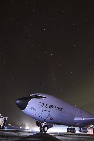 iPhone Wallpaper Aircraft, airport, USAF, night, starry