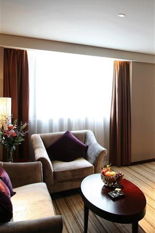iPhone Wallpaper Bedroom, sofa, bed, table, lamp