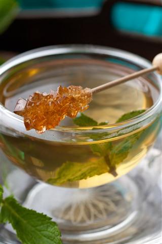 iPhone Wallpaper Glass cup, tea, mint