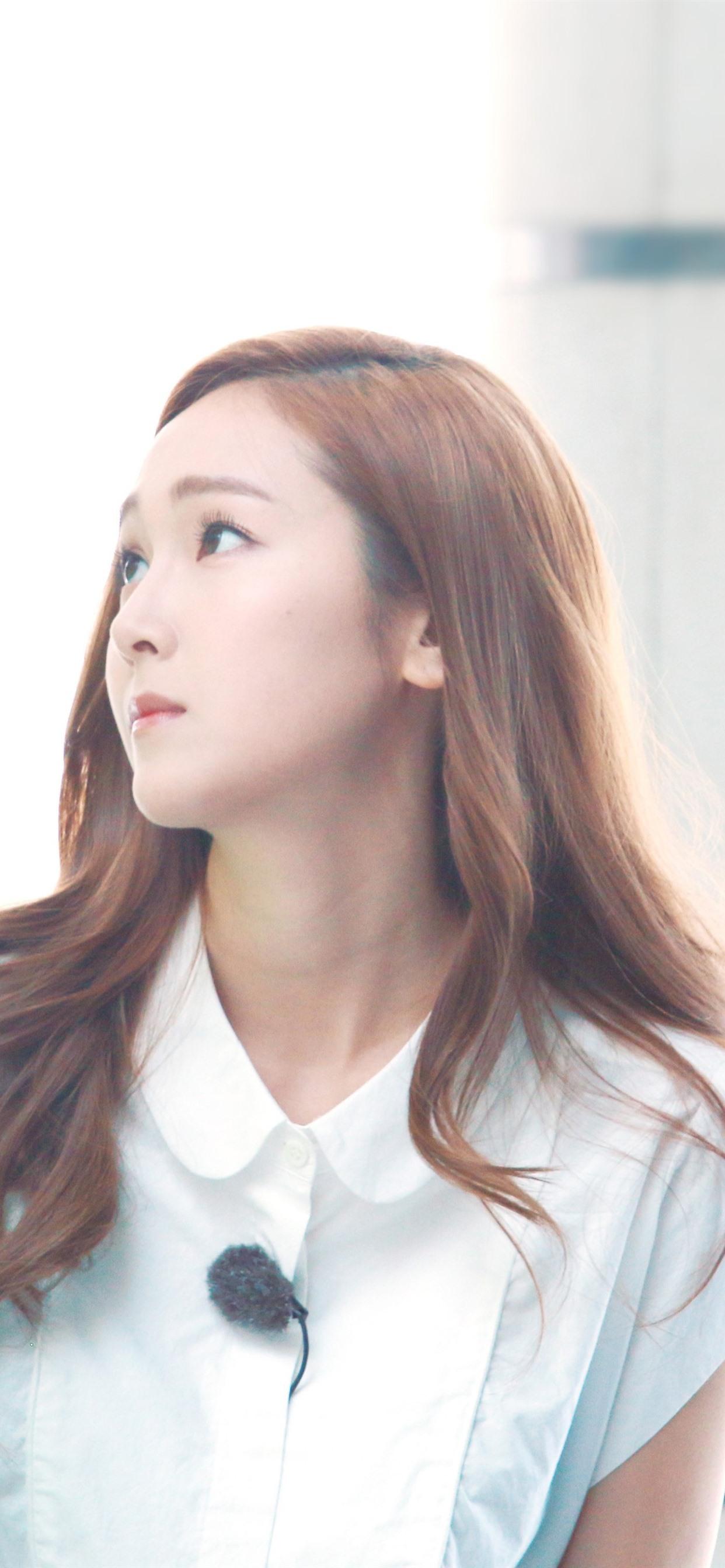 Kim Taeyeon Snsd Korean Girl 1242x2688 Iphone 11 Pro Xs Max Wallpaper Background Picture Image