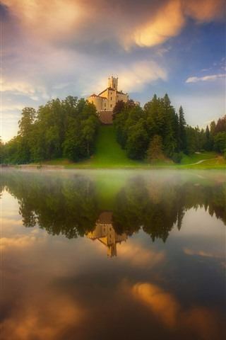 iPhone Wallpaper Lake, water reflection, castle, trees, fog, morning