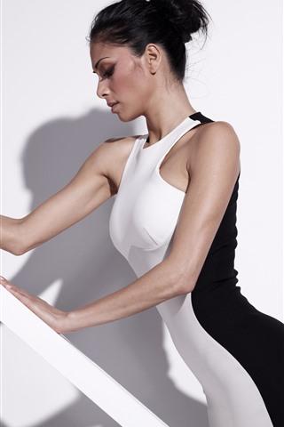 iPhone Wallpaper Nicole Scherzinger 56