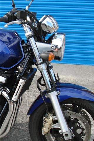 iPhone Wallpaper Suzuki GSX 1400 blue motorcycle