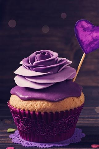 iPhone Wallpaper Cupcake, purple rose, cream, love hearts, romantic
