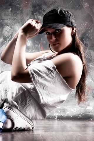 iPhone Wallpaper Dancing girl, cap, pose