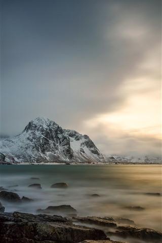 iPhone Wallpaper Lofoten, Norway, sea, snow, mountains, clouds, winter