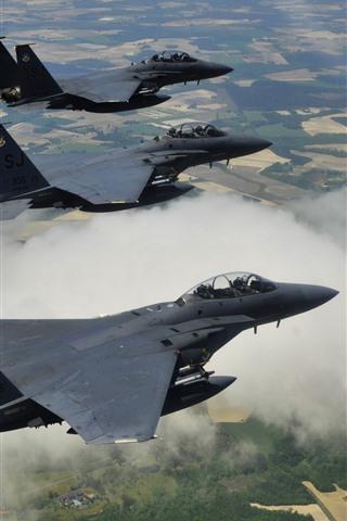 iPhone Papéis de Parede McDonnell Douglas F-15E caças vôo, altura
