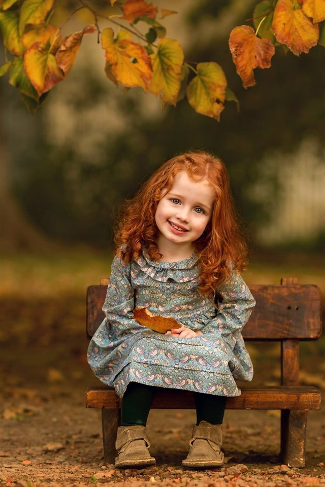 Wallpaper Smile Little Girl Cute Child Leaves Autumn 1920x1440 Hd Picture Image