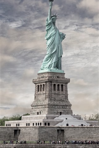 iPhone Wallpaper The Statue of Freedom, New York, USA