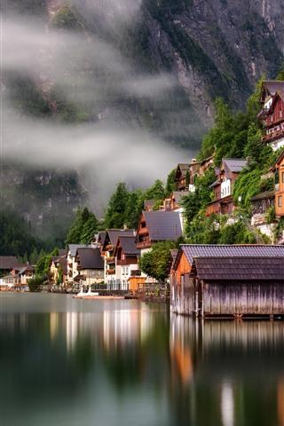 iPhone Wallpaper Travel to Hallstatt, Austria, lake, houses, fog, morning