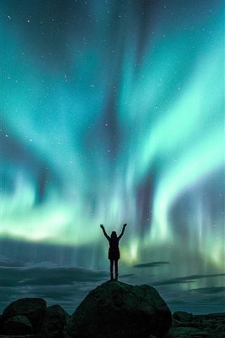 iPhone Wallpaper Beautiful northern lights, night, sky, girl, starry