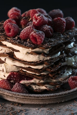 iPhone Wallpaper Chocolate cake, cream, raspberry, dessert
