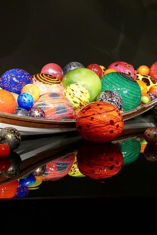 iPhone Wallpaper Colorful balls, boat, 3D design