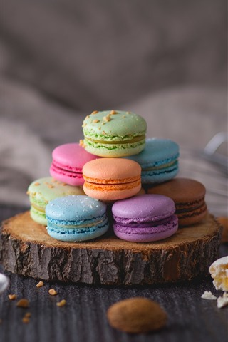 iPhone Wallpaper Colorful macaron, cakes, hazy background