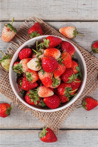 iPhone Wallpaper One bowl of ripe strawberries, wood table