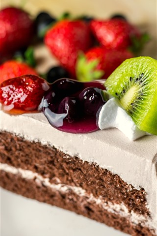 iPhone Wallpaper One piece of cake, fruit slice, kiwi, strawberry