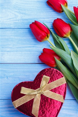 iPhone Wallpaper Red tulips, love heart gift, blue wood board