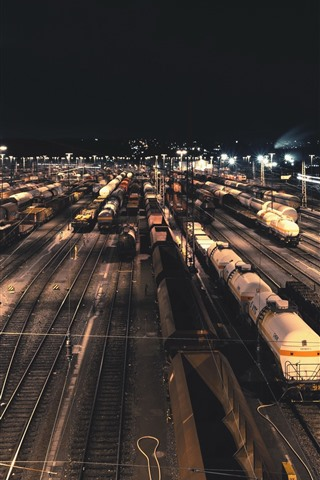 iPhone Wallpaper Train station, railroad, night