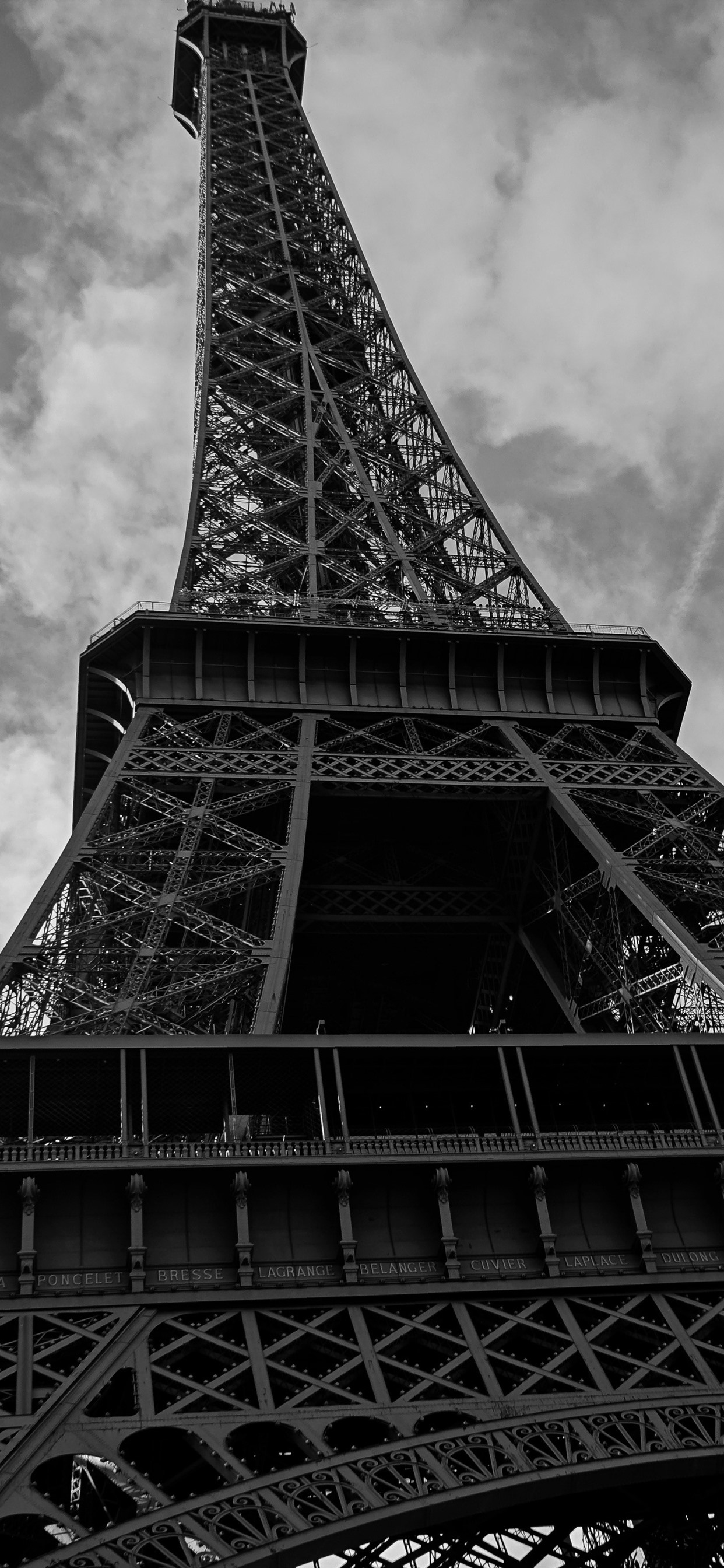 Eiffel Tower Black And White Picture 1242x2688 Iphone Xs Max