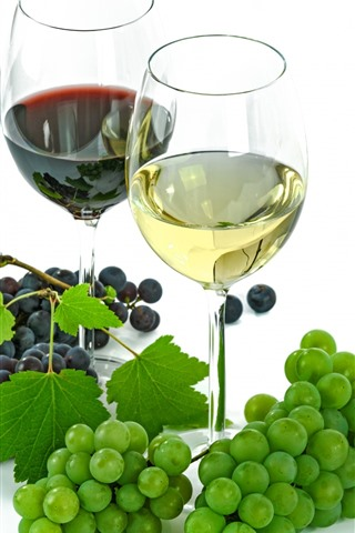 iPhone Wallpaper Green and red grapes, wine, red wine, glass cups, white background