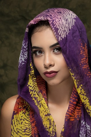 iPhone Wallpaper Beautiful girl, brown eyes, silk scarf