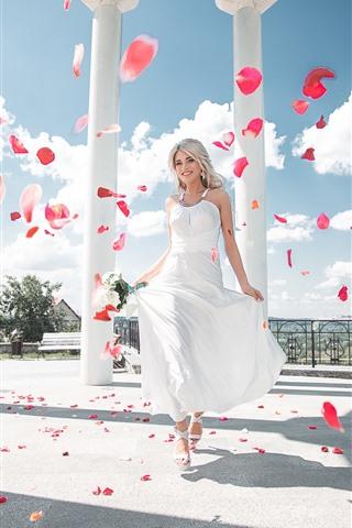 iPhone Wallpaper Happy blonde girl, white skirt, bride, roses