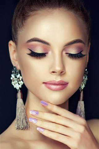 iPhone Wallpaper Fashion girl, close eyes, earring, black background