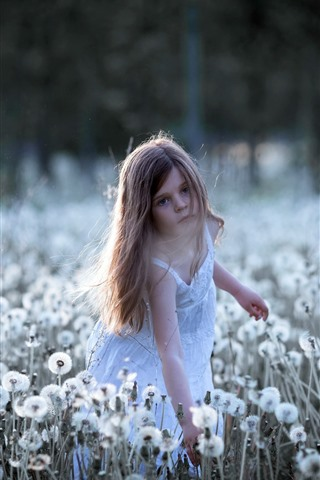 iPhone Wallpaper Little girl and dandelions, child, summer