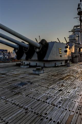 iPhone Wallpaper Battleship, weapon, floor, sun rays, morning