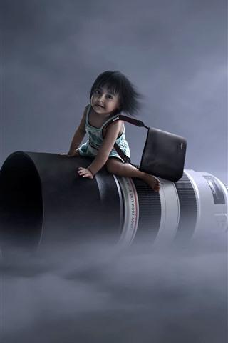 iPhone Wallpaper Flight lens, little girl, creative picture