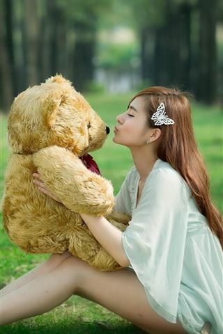 iPhone Wallpaper Long hair Asian girl, teddy, toy bear, grass, kiss