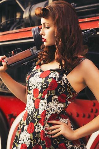 iPhone Wallpaper Retro style, girl, train, gun