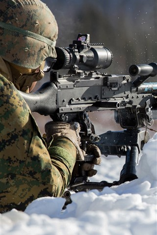 iPhone Wallpaper Soldier, shoot, snow, weapon
