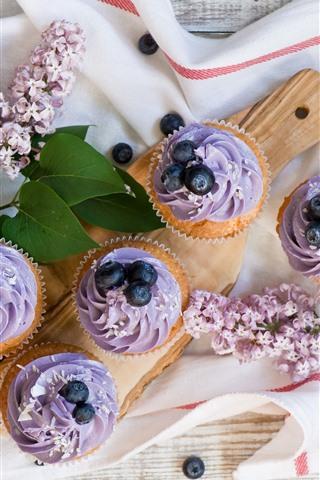 iPhone Wallpaper Cupcakes, purple cream, flowers, blueberries