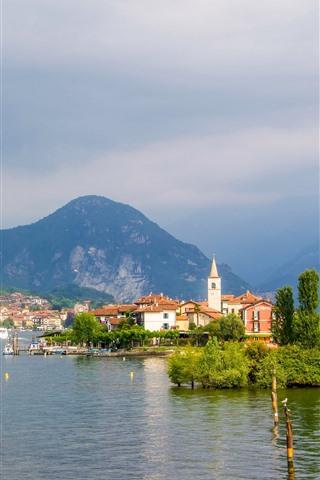 iPhone Wallpaper Island of the Fishermen, Lake Maggiore, Italy