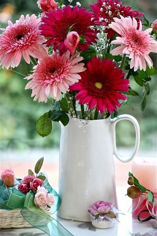 iPhone Wallpaper Pink and red gerbera flowers, roses, vase