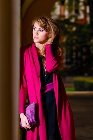 iPhone Wallpaper Red coat girl, look, waiting