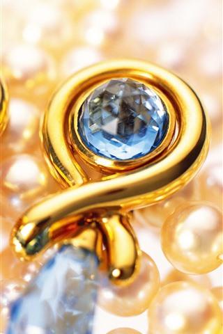 iPhone Wallpaper Earrings, pearls