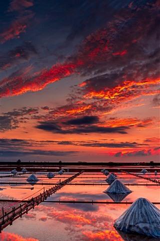 iPhone Wallpaper Taiwan, sunset, water, sky, clouds