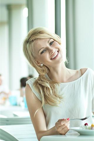 iPhone Wallpaper Blonde girl, happy, dessert, drinks