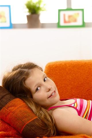 iPhone Wallpaper Cute little girl, rest, sofa