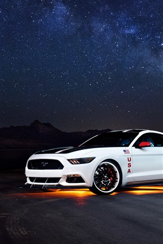 iPhone Wallpaper Ford Mustang white car side view, night, starry
