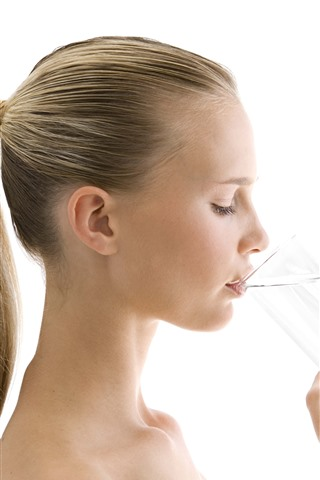 iPhone Wallpaper Girl drink water, white background