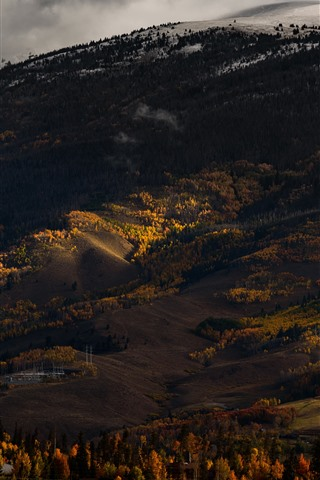 iPhone Wallpaper Valley, mountains, hill, trees, autumn