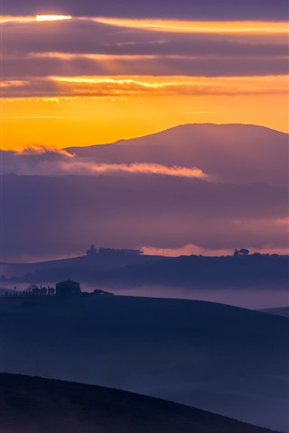 iPhone Wallpaper Italy, Tuscany, countryside, mountains, fields, fog, early morning