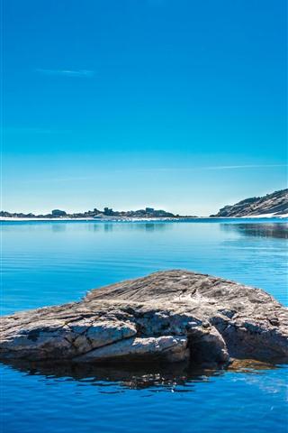 iPhone Wallpaper Lake, rocks, snow, island, mountains, blue sky