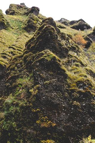 iPhone Wallpaper Mountain, moss, grass, rocks