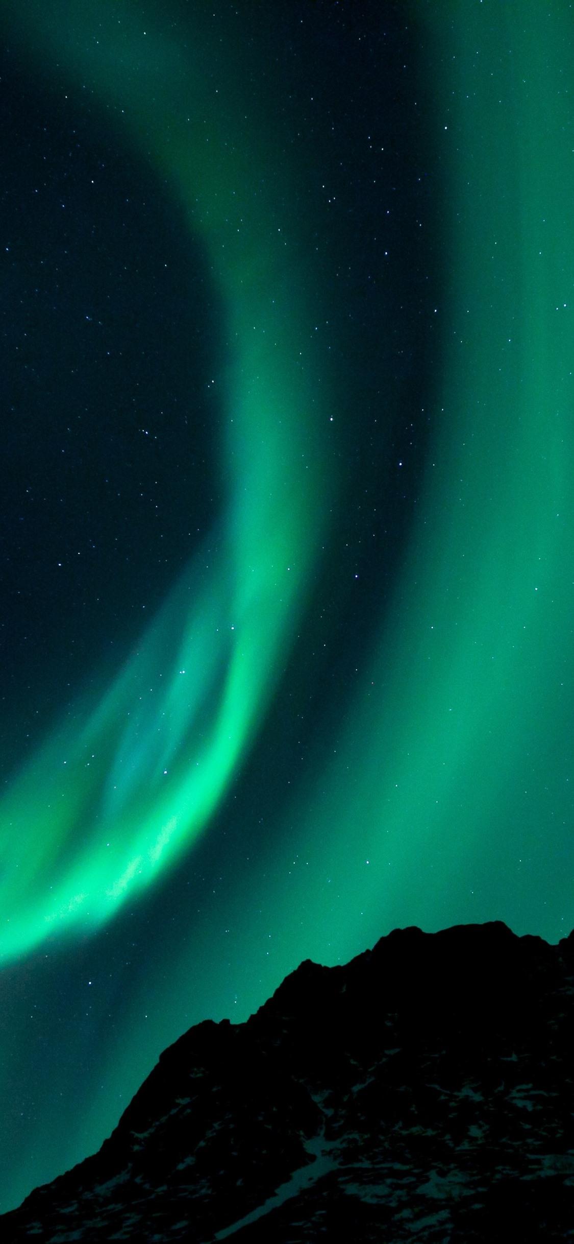 壁紙 オーロラ 星空 星 夜 山 3840x2160 Uhd 4k 無料のデスクトップの背景 画像