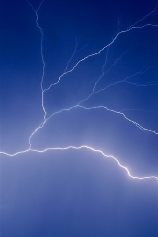 iPhone Wallpaper Lightning, blue sky